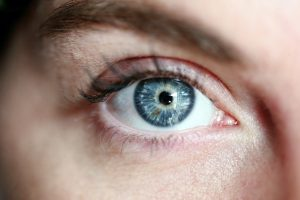 Should You Be Concerned if Your Eyelashes are Falling Out in Bunches?